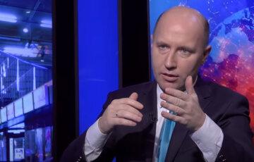 """Бизяев рассказал, почему беднеют украинцы и кто не дает стране двигаться вперед: """"Еще со времен Кучмы..."""""""
