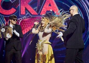 """Огневич показала, як створювали її костюм сонця на шоу """"Маска"""", закулісні кадри: """"Справжня магія"""""""