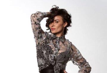 """Экс-ВИА Гра Надя Мейхер в непривычно скромном наряде заговорила о любви: """"В какой-то миг..."""""""