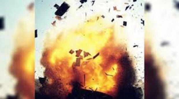 Снаряди рвонули під Одесою, є жертва: подробиці і кадри НП