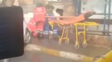 Под Киевом водитель вылетел на остановку и сбил женщину: видео с места ДТП