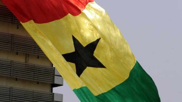 Министров Ганы лишили жилья и машин