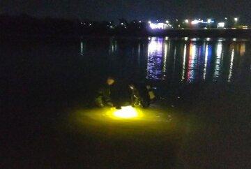 ЧП в киевском парке: плавание в водоеме закончилось трагедией, детали