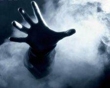 газ, пожар, дым, рука