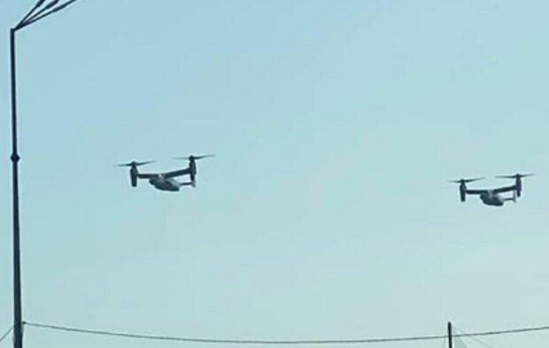 Над Києвом помітили військову авіацію США: вражаюче відео