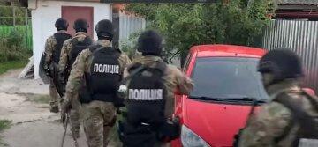 Мощный взрыв прогремел в Киеве, видео: много полиции съехалось на место ЧП