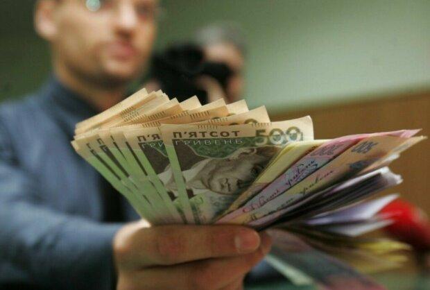 Знаки Зодіаку, яких чекає фінансовий успіх у квітні: не тільки не втратять, але і примножать
