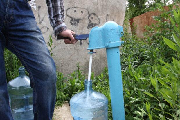 колонка вода