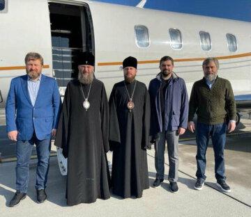 Делегация УПЦ вылетела в Израиль для доставки Благодатного огня в Украину