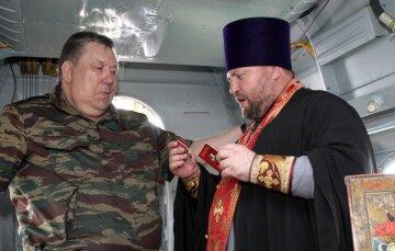 124580_Prazdnik_Georgiya_Pobedonostsa_Kurgan_Chastoozerye_otets_vladimir_usmanov_medaly_georgiya_pob
