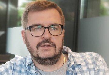 """Разведенный Пономарев очаровал заботой о своей любимице, с которой живет: """"Заказала плов"""""""