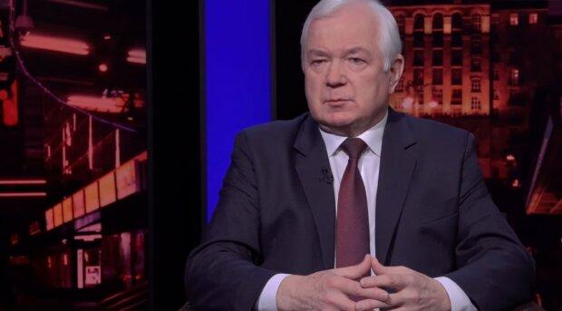 """Микола Маломуж вказав на головну помилку Офіса президента: """"Взяли всю провину на себе"""""""