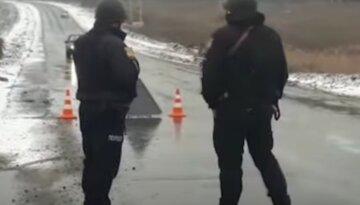 Вирішила перебігти дорогу: у Харкові авто на повному ходу збило жінку, кадри з місця