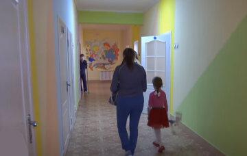 """Вірус в Україні все частіше вражає дітей, названо останні жертви: """"Були вроджені патології і..."""""""