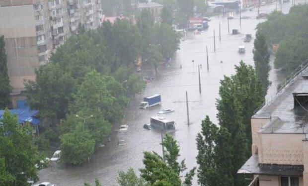 Масштабна повінь загрожує Одеській області, зроблено попередження: які райони затопить