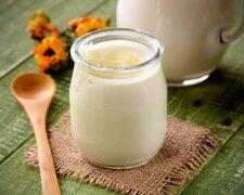 кефир, сметана, молоко