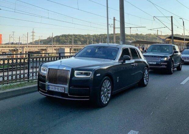 """По Києву роз'їжджає дорогущий Rolls-Royce, фото: """"коштує як 20 квартир у столиці"""""""