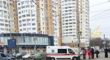 В Харькове грузовик переехал женщину: водитель сбежал с места преступления, фото