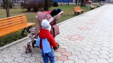 Рада приняла новый закон по алиментам: платить будут даже бабушки и отчимы