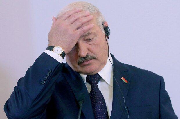 """ЗМІ згадали, як Лукашенка побили міліціонери: """"Такого хамства давно не зустрічав"""""""