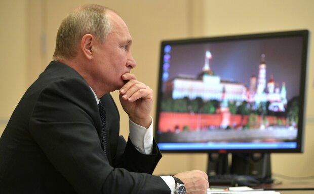 Путін накинувся на власних пропагандистів, рознос потрапив на відео: «Яку ахінею ніс...»