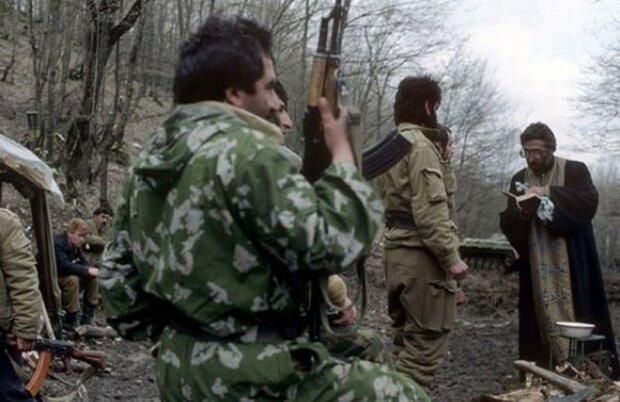 Карабахский конфликт длится уже 30 лет: в сети показали фото, как все начиналось