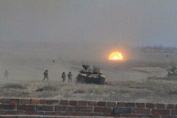 """Повномасштабне вторгнення РФ в Україну, екстрене попередження МЗС: """"Не менше 500 танків..."""""""