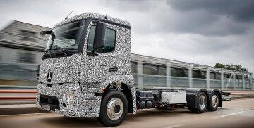 Mercedes-Benz випустить електровантажівку (відео)