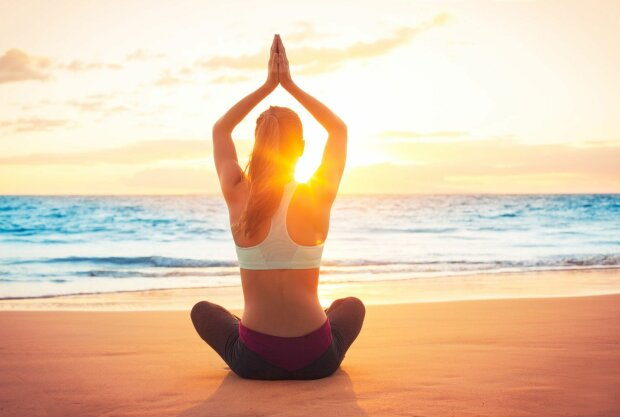 yoga-goa-swami.min__c60e23ef1041dc65bb9704a2b46b2deb