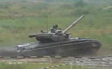 ЧП на Николаевщине: танк случайно обстрелял село, видео с места