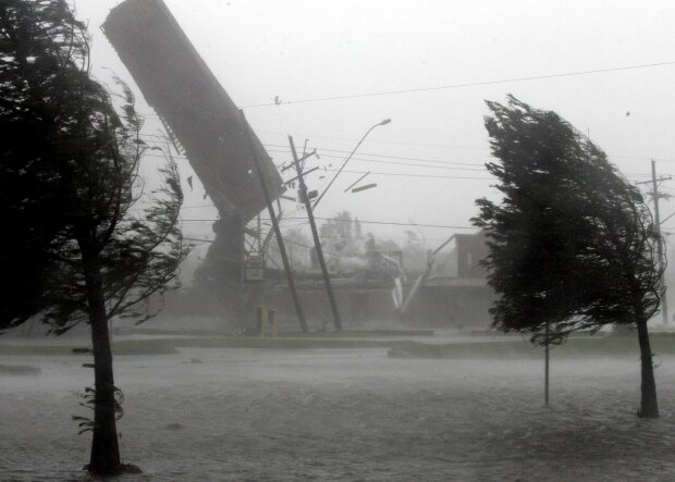 ураган непогода шторм