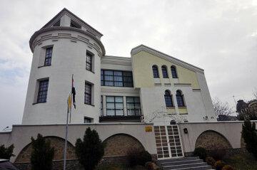 У Києві перевіряють повідомлення про замінування посольства Іраку