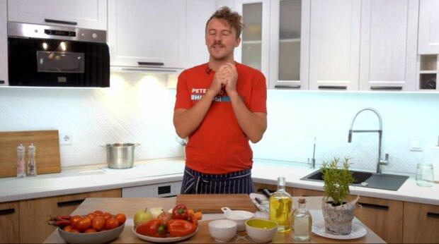 """Переможець """"Майстер Шеф"""" Клопотенко поділився простим рецептом гострої аджики: """"Неймовірно смачно"""""""