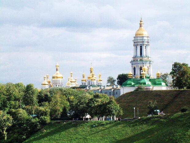 крещение руси церковь киев