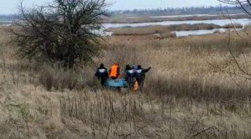Пошуки юного Івана закінчилися трагічно під Києвом: тіло знайшли в очереті біля озера, фото