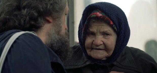 «Я в таком возрасте еще хожу на работу»: 94-летняя украинка рассказала, как выживает на пенсии