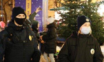 """У Києві загубилася літня жінка, фото: """"вирішила прогулятися містом і заблукала"""""""