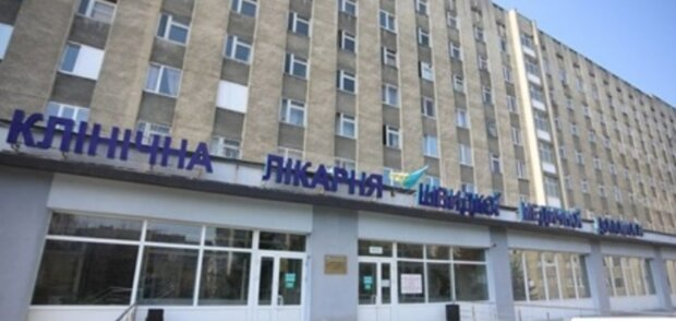 """""""Зараз карантин, оформляти не будемо"""": рішення лікарів коштувало життя тяжкохворому українцю"""