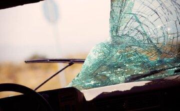 разбитое-стекло-640×394