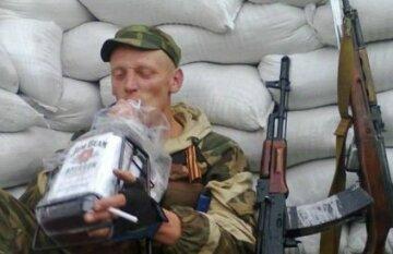 """Дурніше не придумаєш: два терориста """"ДНР"""" загинули в туалеті"""