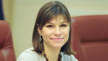 Анна Онищенко: соратница бывшего премьера и нынешний госсекретарь