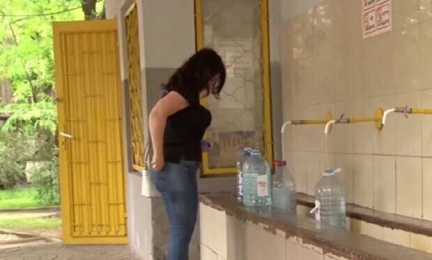 Набирайте тазики і каністри: цілий район Одеси залишать без води, адреси
