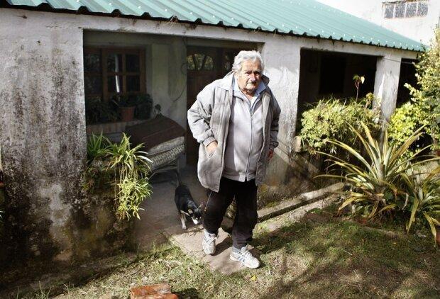 Хосе Мухіка