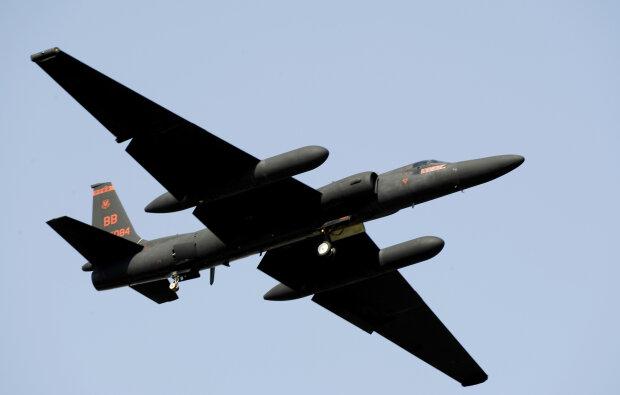 U-2 самолет-разведчик