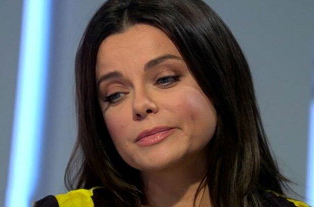 """Униженная скандалом с беременной любовницей Тарзана Наташа Королева сорвалась: """"Неприятный инцидент"""""""