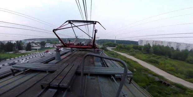 Катання на поїзді закінчилося для підлітків моргом і реанімацією: подробиці трагедії