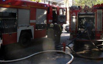 Жилой дом взорвался под Черкассами, видео с места: из-под завалов достали человеческое тело