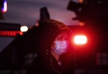 """З'явилося перше фото смертоносного китайського коронавірусу: """"Вся поверхня в..."""""""