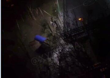 Под Одессой мужчину выбросили из окна девятого этажа: кадры происходящего