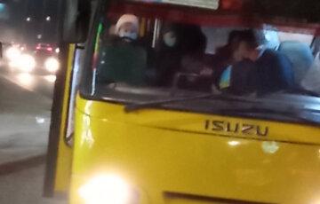 """""""Алергія на учнів і пенсіонерів"""": українському маршрутчику не догодила 12-річна дитина в салоні"""
